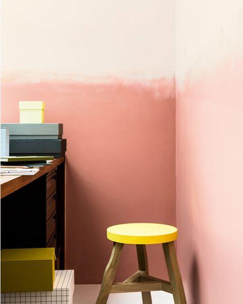 pared pintada en rosa con efecto degradado