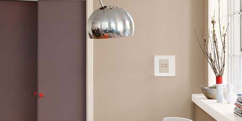 Interior design, Room, Lighting, Product, Table, Electronic device, Wall, Floor, Furniture, Laptop part,