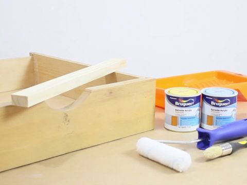 Ingredient, Beige, Plywood, Plastic, Household supply, Box, Packing materials, Cardboard, Personal care, Carton,