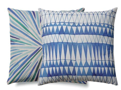 Pillow, Throw pillow, Cushion, Blue, Furniture, Textile, Turquoise, Leaf, Linens, Bedding,