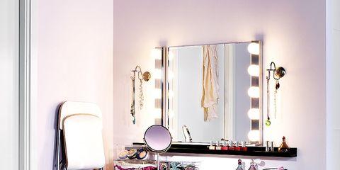 Interior design, Room, Interior design, Shelving, Still life photography, Mirror, Writing desk, Linens, Household supply,