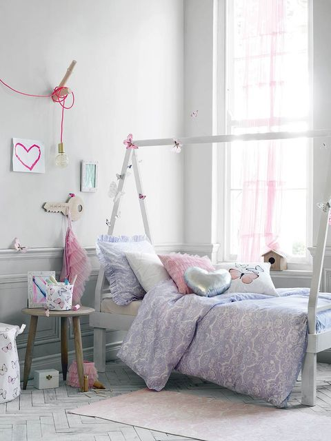 Room, Interior design, Textile, Wall, Floor, Pink, Linens, Flooring, Bedding, Grey,