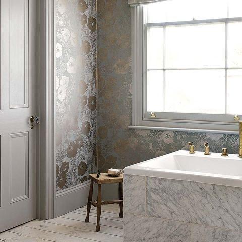 Room, Property, Interior design, Wall, Bathroom sink, Plumbing fixture, Door, Tap, Glass, Sink,