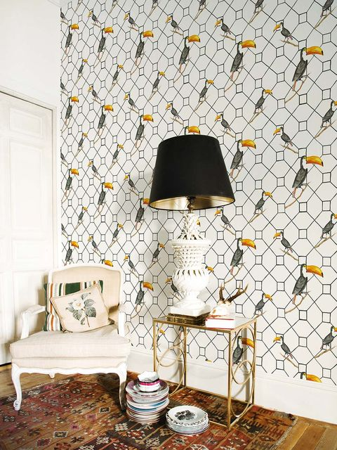 Wall, Wallpaper, Room, Interior design, Furniture, Black-and-white, Lampshade, Interior design, Floor, Lighting accessory,