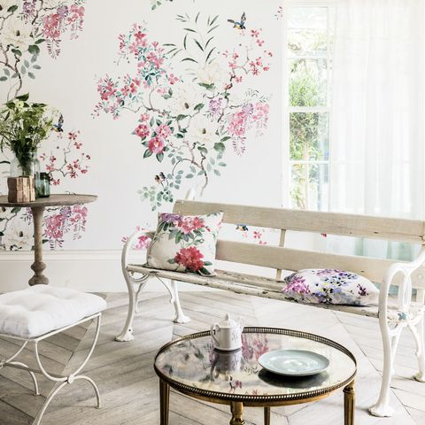 Room, Interior design, Furniture, Flower, Pink, Table, Wall, Interior design, Home, Coffee table,