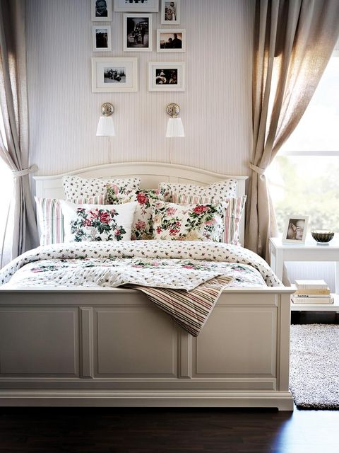 Interior design, Room, Floor, Textile, Wall, Home, Furniture, Bedding, Flooring, Linens,