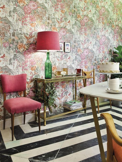 Pink, Furniture, Green, Room, Interior design, Wall, Table, Wallpaper, Red, Chair,