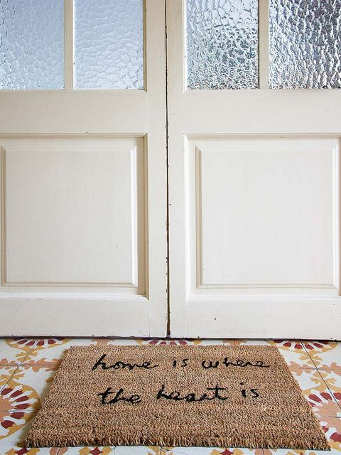 Floor, Flooring, Carpet, Fixture, Rug, Mat, Home accessories, Door mat, Beige, Rectangle,