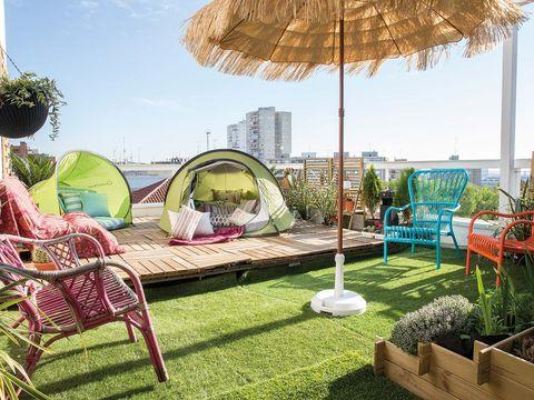 Garden, Outdoor furniture, Shade, Yard, Lawn, Landscaping, Umbrella, Outdoor structure, Park, Armrest,