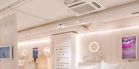 Bed, Bedroom, Furniture, Bed sheet, Bedding, Room, Interior design, Mattress, Ceiling, Bed frame,
