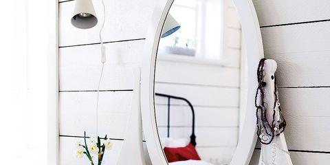 Room, Interior design, Wall, Plumbing fixture, Interior design, Design, Plumbing, Still life photography, Bathroom, Mirror,