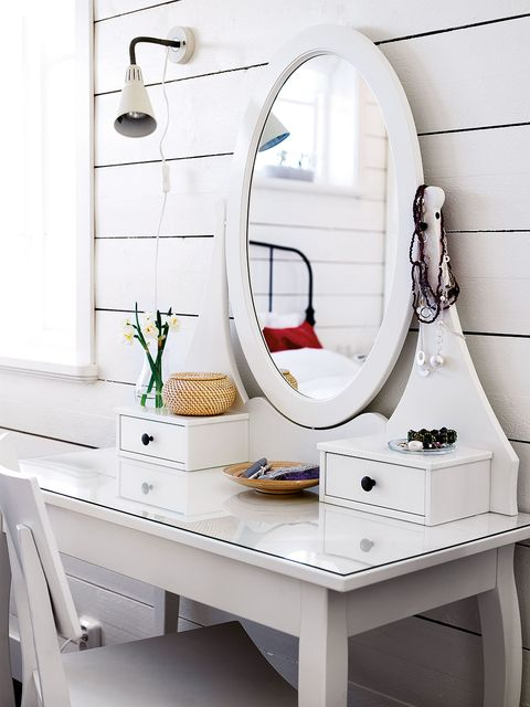 White, Room, Dresser, Interior design, Furniture, Mirror, Bathroom, Tile, Table, Chest of drawers,