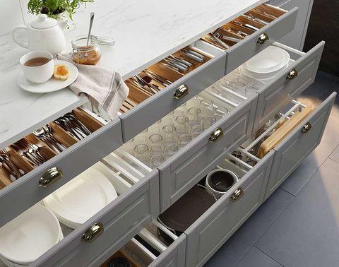 Serveware, Dishware, Coffee cup, Saucer, Porcelain, Teacup, Cup, Tableware, Drinkware, Tea,