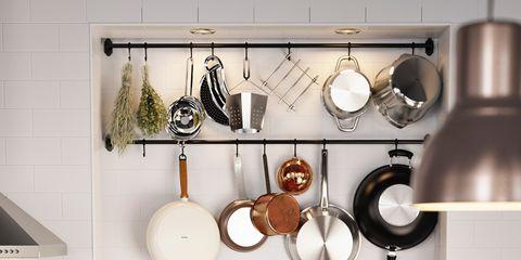 C mo ordenar los utensilios en la cocina for Utensilios de cocina casa joven