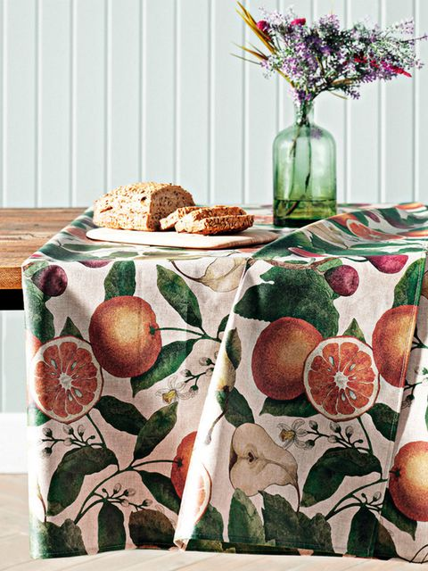 Tablecloth, Table, Textile, Linens, Furniture, Home accessories, Plant, Food, Tableware, Placemat,