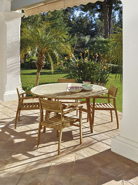 Furniture, Table, Property, Outdoor table, Room, Outdoor furniture, Chair, House, Tile, Kitchen & dining room table,