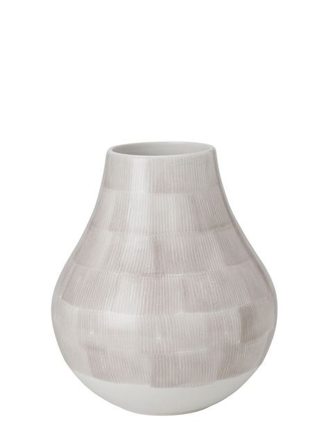 Lampshade, Vase, Lighting, Lamp, Lighting accessory, Lantern, Artifact,