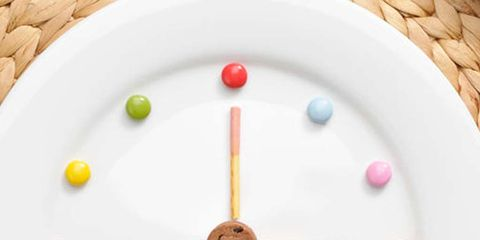 Dishware, Orange, Kitchen utensil, Circle, Cutlery, Plate, Peach, Fork, Serveware, Home accessories,