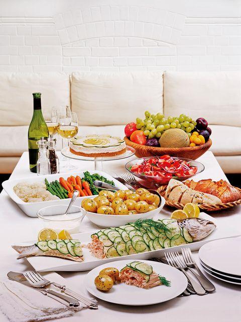 Dish, Food, Cuisine, Meal, Brunch, Platter, appetizer, Finger food, Ingredient, Garnish,