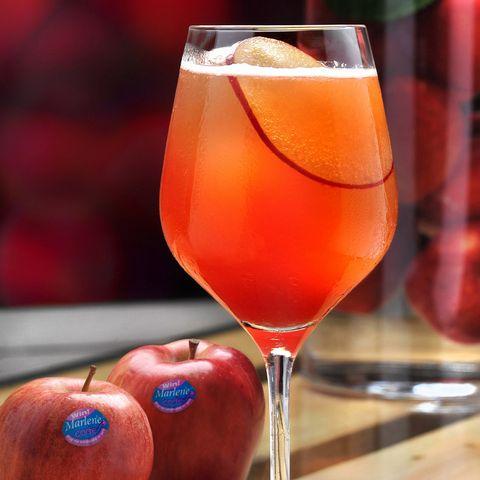 Glass, Liquid, Drinkware, Barware, Ingredient, Drink, Red, Alcoholic beverage, Stemware, Tableware,