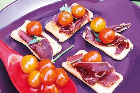 Tostadas con tomate y jamón