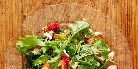 Wood, Food, Leaf vegetable, Vegetable, Ingredient, Hardwood, Dish, Salad, Garnish, Vegan nutrition,