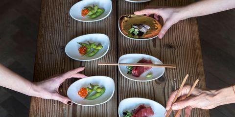 Finger, Cuisine, Food, Meal, Dishware, Dish, Leaf, Tableware, Recipe, Bowl,