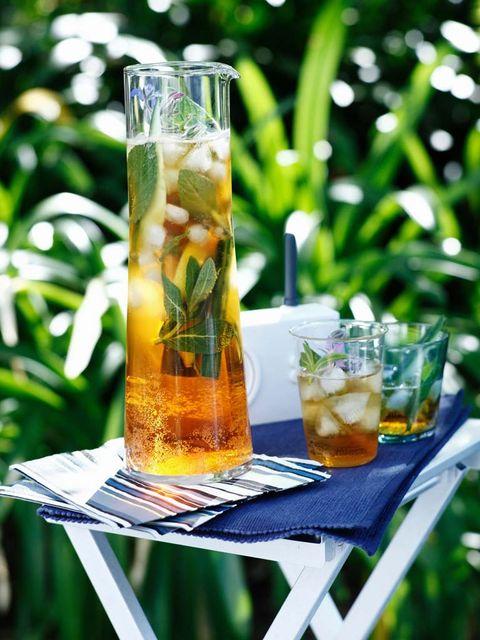 Fluid, Liquid, Drink, Alcoholic beverage, Drinkware, Tableware, Cocktail, Alcohol, Distilled beverage, Glass,