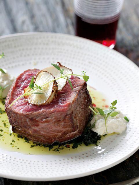 Dish, Food, Cuisine, Ingredient, Beef tenderloin, Meat, Steak, Flat iron steak, Veal, Produce,