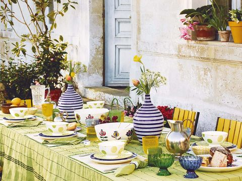Yellow, Brunch, Meal, Table, Furniture, Room, Breakfast, Tablecloth, Tableware, Textile,