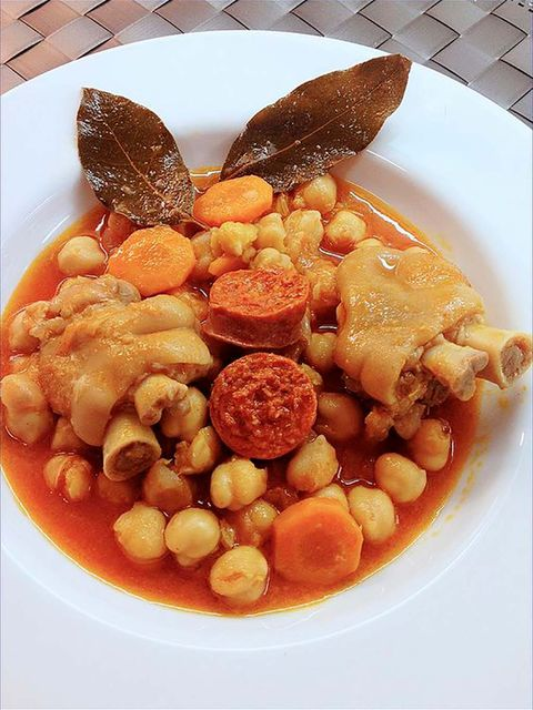 Dish, Food, Cuisine, Pochas, Ingredient, Fabada asturiana, Cassoulet, Fasolada, Cocido madrileño, Yahni,