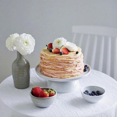 Dish, Food, Cuisine, Ingredient, Breakfast, Pancake, Dessert, Buttercream, Whipped cream, Cream,
