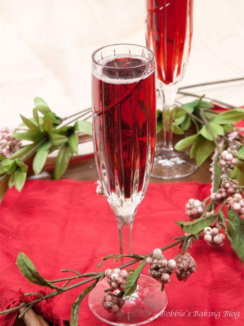 18 cócteles de champán fáciles de hacer para Nochevieja