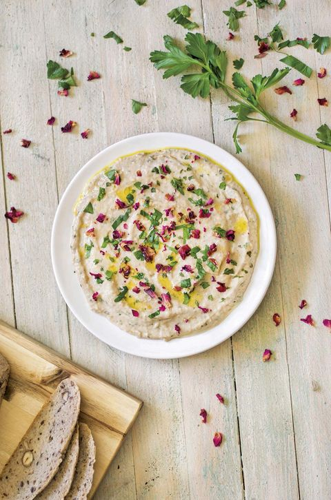Hummus con flores