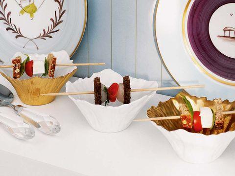 Serveware, Dishware, Home accessories, Basket, Sweetness, Dish, Recipe, Circle, Paint, Dessert,