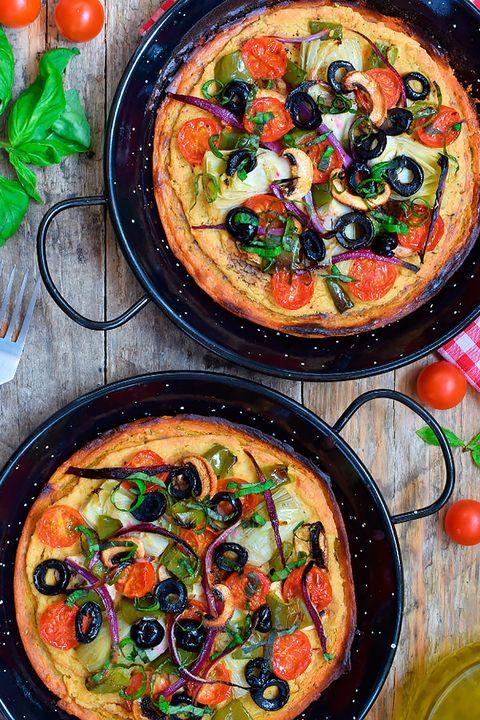 pizzas con harina de garbanzo y hummus