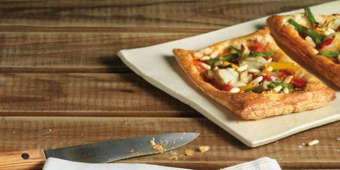 Food, Finger food, Tableware, Ingredient, Cuisine, Plate, Meal, Dish, Baked goods, Breakfast,