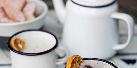 Serveware, Drinkware, Cup, Dishware, Coffee cup, Drink, Tableware, Liquid, Porcelain, Teacup,