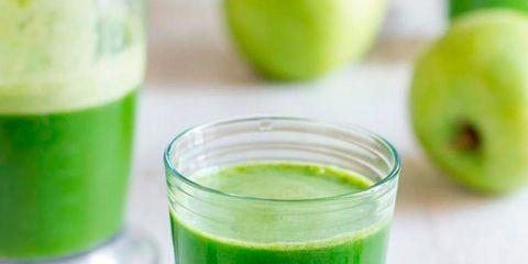 Juice, Aojiru, Green, Drink, Limonana, Vegetable juice, Food, Plant, Guava juice, Non-alcoholic beverage,