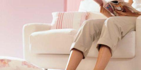 Floor, Flooring, Comfort, Ingredient, Powder, Beige, Barefoot, Living room, Interior design, Home accessories,
