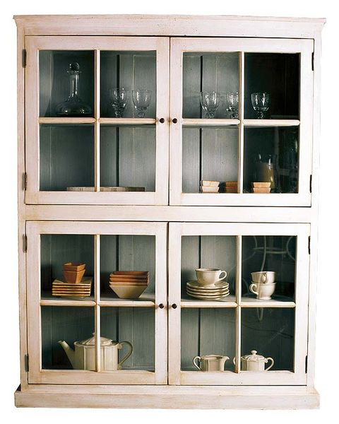 Serveware, Shelving, Shelf, Glass, Dishware, Fixture, Rectangle, Still life photography, Display case, Cupboard,