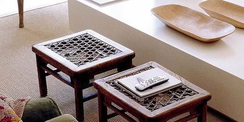 Room, Table, Furniture, Flooring, Home accessories, Carpet, Coffee table, End table, Rectangle, Square,