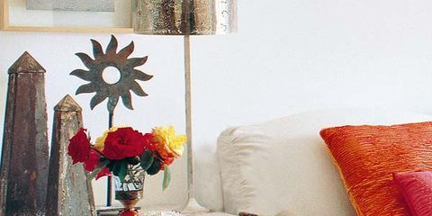 Room, Interior design, Furniture, Interior design, Petal, Linens, Living room, Home accessories, Pillow, Throw pillow,