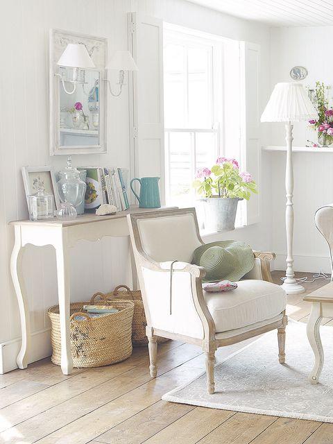 Room, Interior design, Floor, Furniture, Flooring, Home, Interior design, House, Grey, Houseplant,