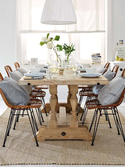 Room, Interior design, Table, Furniture, Floor, Lampshade, White, Lamp, Home, Dining room,
