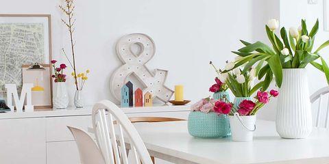 Wood, Room, Furniture, Table, Interior design, White, Home, Floor, Flowerpot, Flooring,