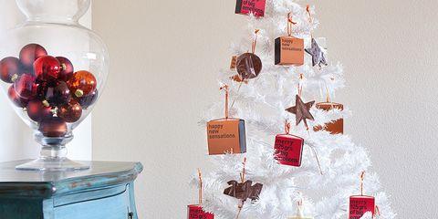 Interior design, Red, Room, Christmas decoration, Interior design, Glass, Holiday, Carmine, Christmas ornament, Christmas tree,