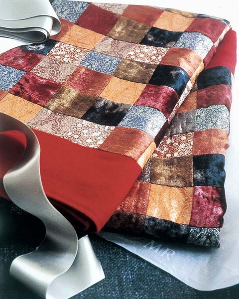 Textile, Red, Pattern, Linens, Carmine, Home accessories, Maroon, Plaid, Design, Creative arts,