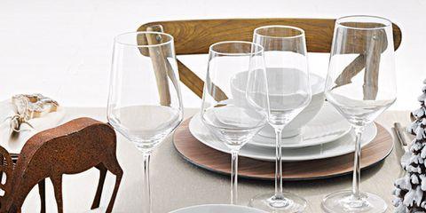 Serveware, Dishware, Tableware, Deer, Saucer, Porcelain, Glass, Cutlery, Linens, Kitchen utensil,