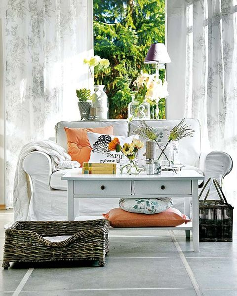 White, Furniture, Room, Table, Coffee table, Interior design, Living room, Home, Tree, Plant,